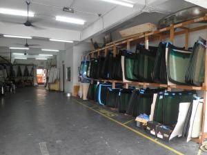 Kedai Tukar Cermin Kereta - Chua Brothers Windscreen Specialist